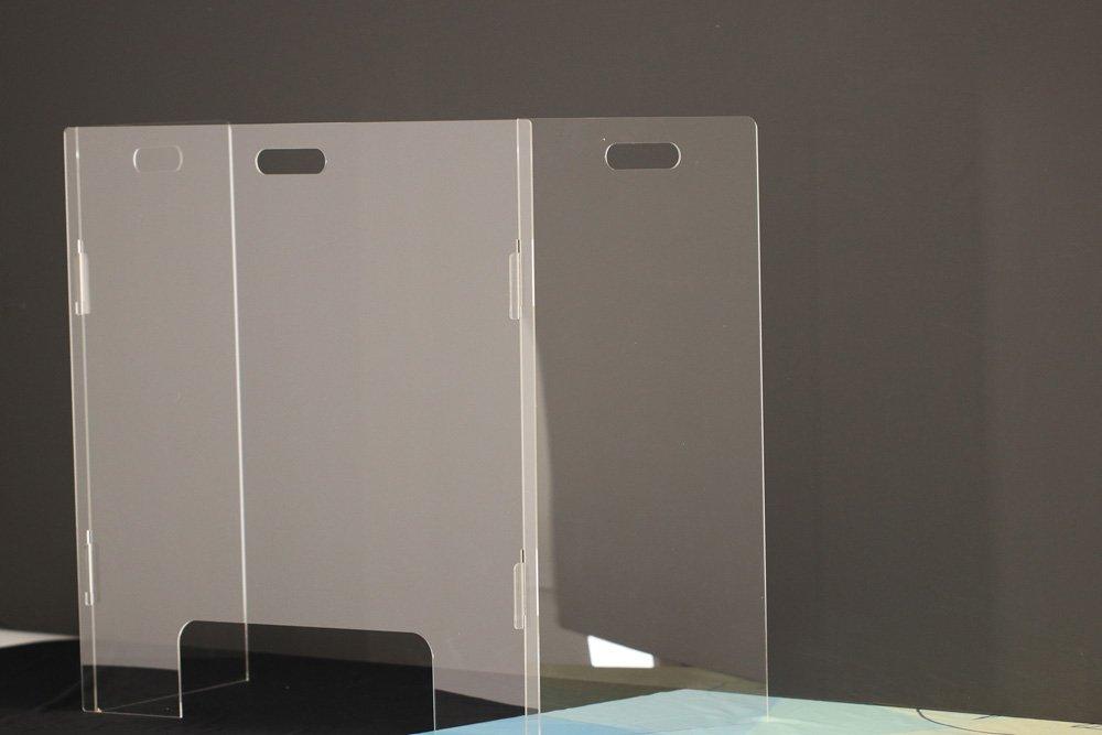 Portable Sneeze Guard Shield- school- desk - countertop4