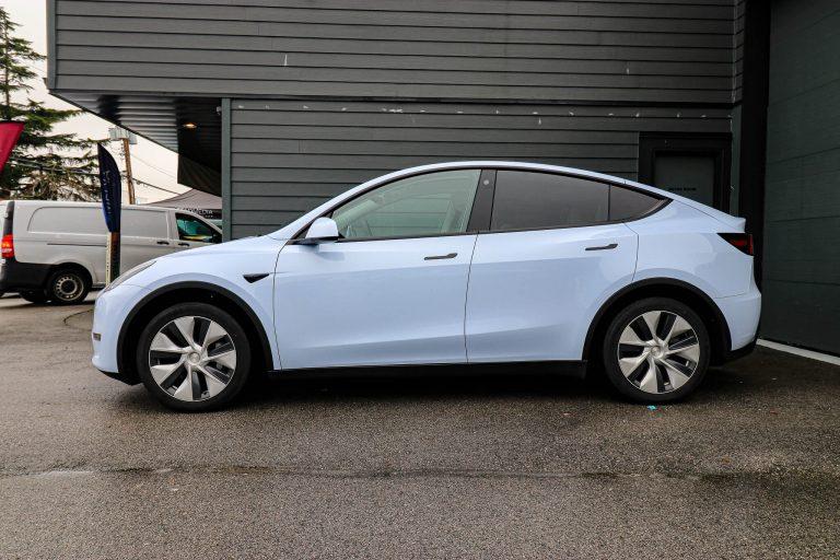 Tesla model y gloss blue wrap