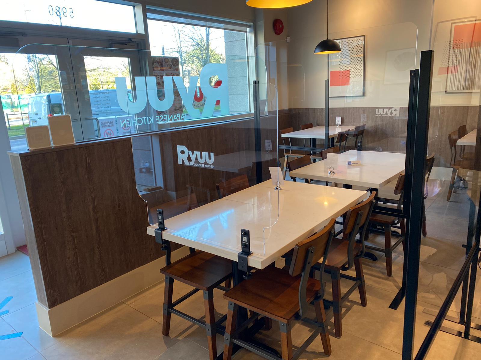 Restaurant Plexiglass Barrier