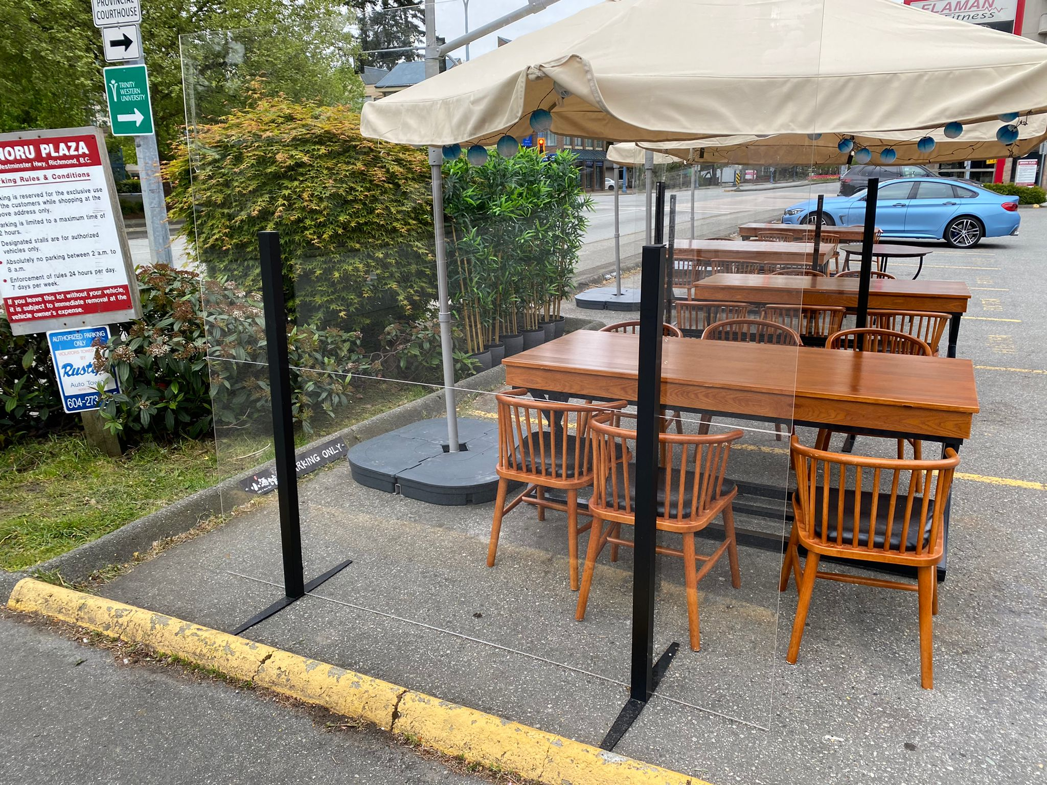 Patio_sneeze_guard_patio_divider3