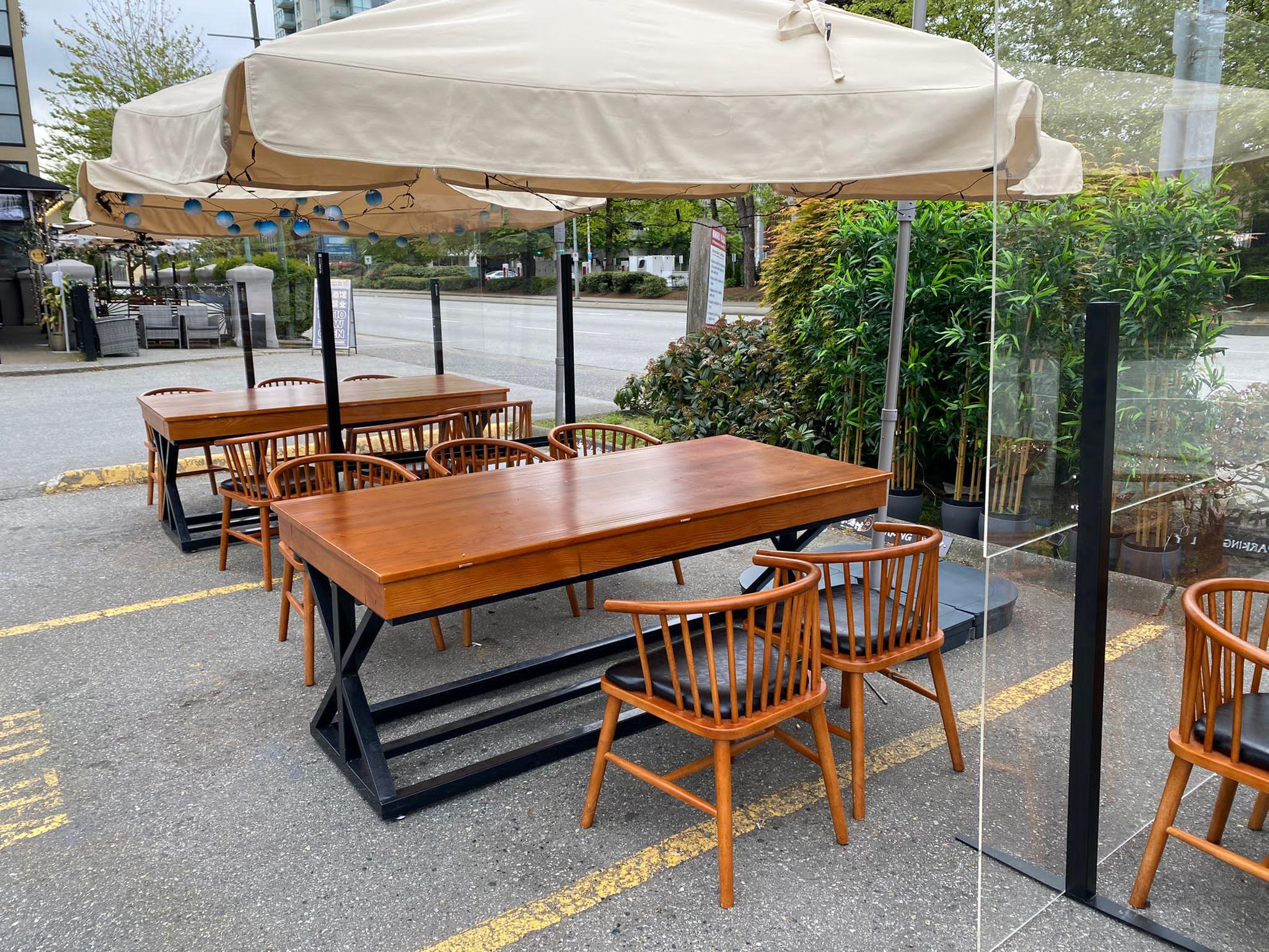 Patio_sneeze_guard_patio_divider9